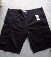 Muške kratke crne hlače nove 46