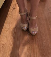 ALDO sandale na punu petu
