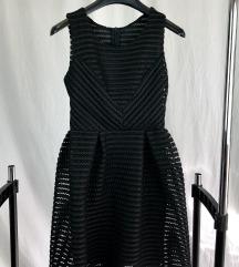 Crna koktel haljinica