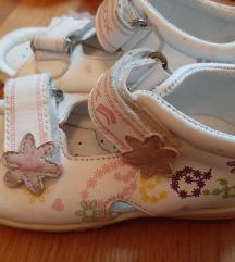 Geox sandalice broj 25