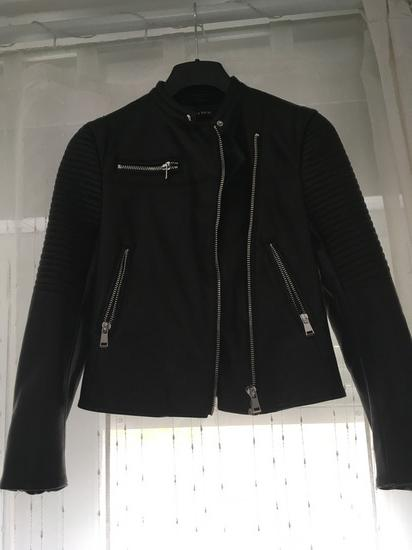 Zara kozna jakna