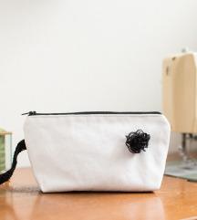 Bijeli neseser/torbica