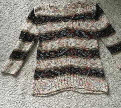 Predivan Šareni pulover vel S/M