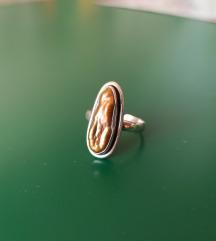 Srebrni .925 prsten sa školjkom