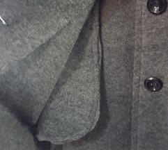 Sada 570 kn! NOVI vuneni sivi kaputić