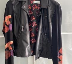 Predivna Desiqual jakna