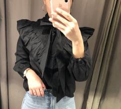 Zara crna Bluza Sa volanima na vezanje nova