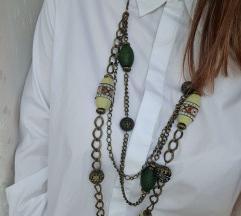 Unikatna zelena ogrlica