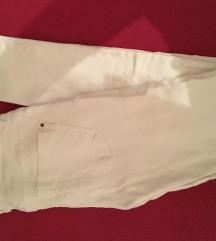 Zara bijele uske traperice 34