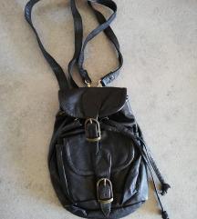 Kožni mali ruksak
