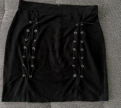 Crna kratka suknja 38