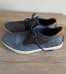 T. plave cipele