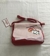 Nova Carpisa torba sa etiketom