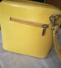 Nova mala zuta torbica,prava koza