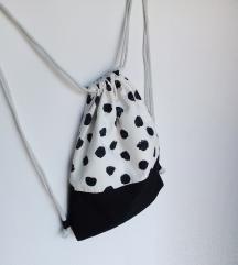 Crno bijeli ruksak 🌸 handmade