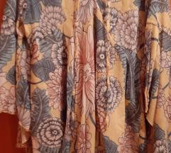 Nova haljina, univ.erzalna veličina-30 kn
