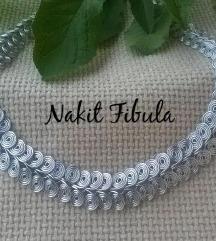 Antikna spiralna ogrlica