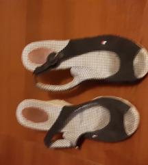 Sandale  tommy hilfinger broj 40