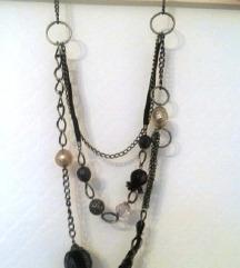 Srebrno crna ogrlica