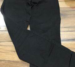 Crne hlače H&M vel 36