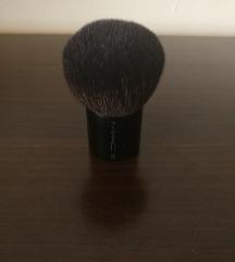 MAC kabuki kist za sminkanje
