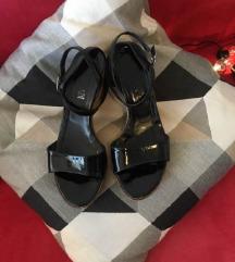 Kožne sandale na punu petu POVOLJNO!