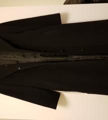 Dugi crni kaput