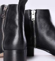 DIESEL crne kožne čizme sa zipom NOVE