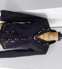 Vintage crni nenošeni sako