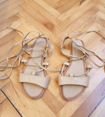 Sandale na vezanje oko noge - Novo