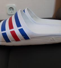 Adidas papuče 41/42