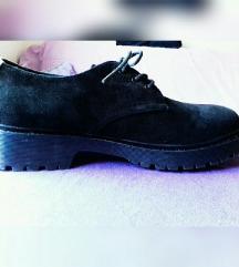 Cropp Nove Derby plišane crne cipele