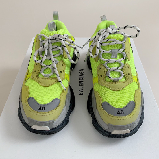 BALENCAGA TRIPLE S YELLOW NEON