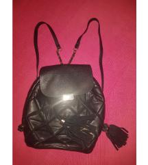 Crni kožni ruksak, ZARA