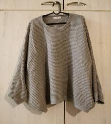 MANGO oversized pulover
