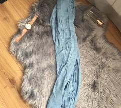 Njezno plavi šal - pasmina