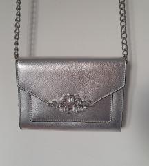 Srebrna svečana/noćna torbica