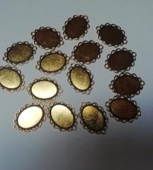 privjesci zlatni okviri 15 kom