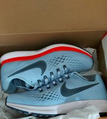 NOVE Nike Air Zoom Pegasus 34, vel 38