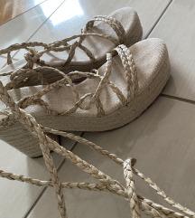 Pull&bear jutene ljetne sandale na vezanje