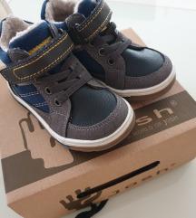 Cipele 23