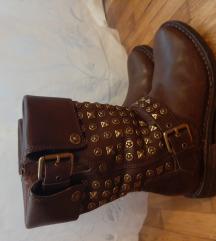 Dvaput nošene original Ugg kožne čizme 36