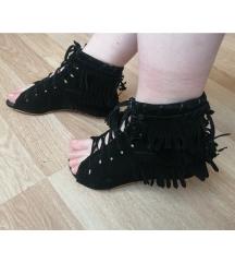 Sandale na rese