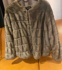ZARA FAUX FUR BUNDICA