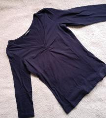 Tamno plava majica
