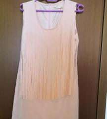 Svijetlo roza zenska haljina s resama