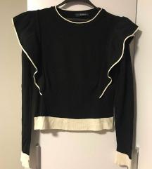 Crno bijeli pulover