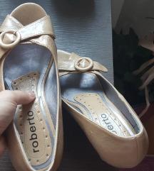 Zenske ljetne sandale