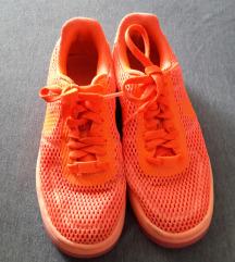 Nike tenisice vl.37,5