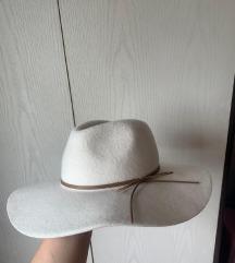 bijeli šešir